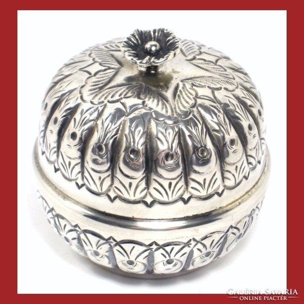 Meseszép tömör ezüst doboz,ékszertartó aranyozott belsővel