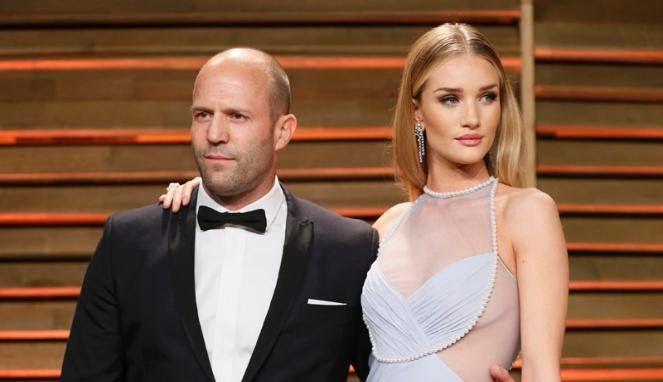 Wah, Wanita Terseksi Dunia Hamil Anak Jason Statham