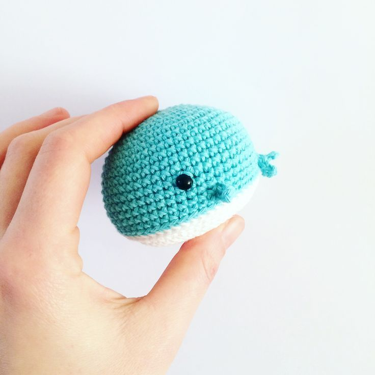 Amigurumi Whale - FREE Crochet Pattern / Tutorial