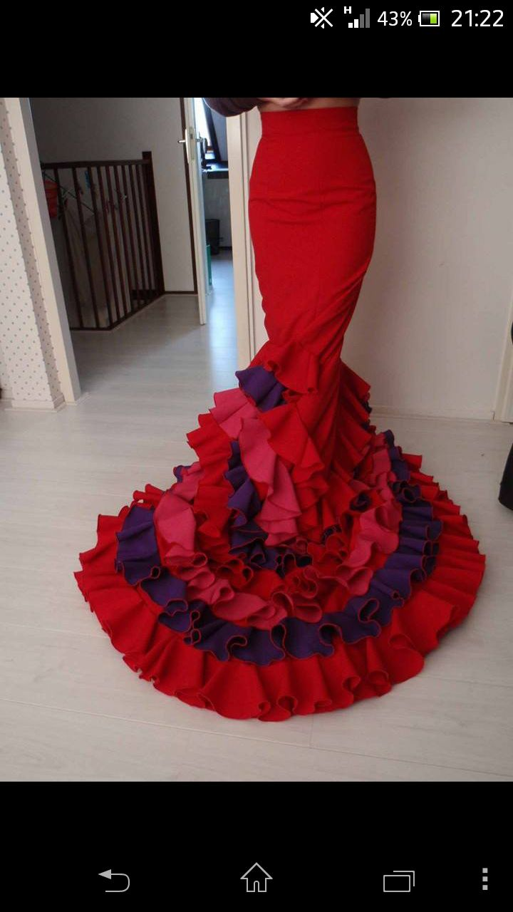 Bata de Cola Pattern Iris - Flamenco Dressmaking