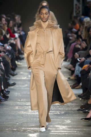 See the standout looks from Milan's top Fall 2017 runways: Max Mara