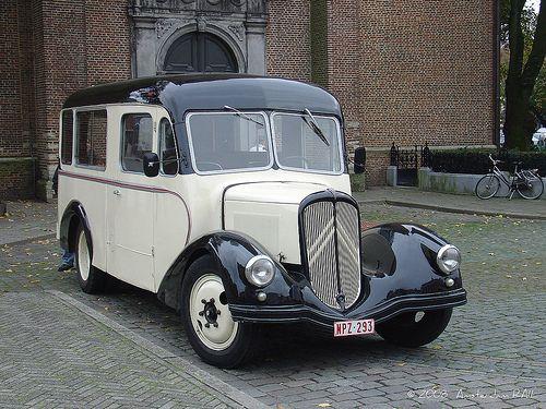 Citroën bus in Belgium