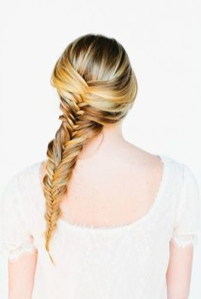This unkempt but gorgeous fishtail braid came from girlscene.nl - it's a wonderful style for a boho or print dress.