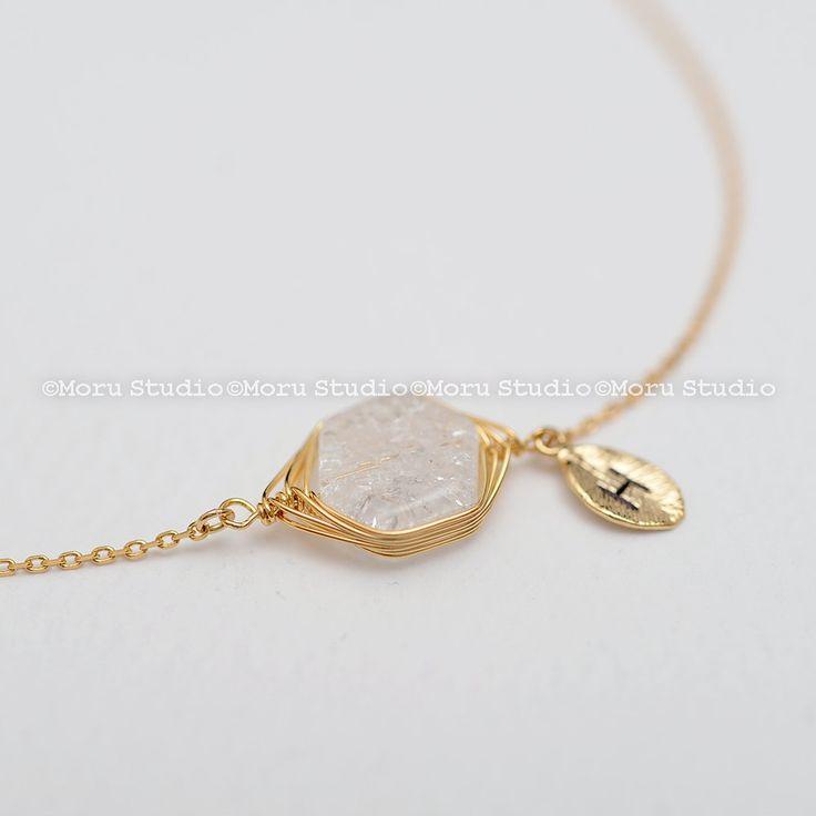 Personalized Crystal Bracelet/ Clear Quartz Crystal, Cracked Crushed Gemstone Bracelet, Bridesmaids Gift, Friendship Bracelet BSC052 by MoruStudio on Etsy
