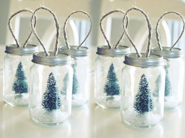 Réalisé des décos de Noël originales avec des petits pots pour bébé   #Noel #Décoration