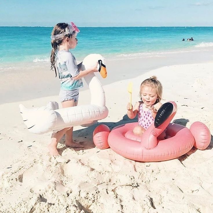 Let's float together this summer!! Amazing inflatables by Sunnylife for the whole family!!