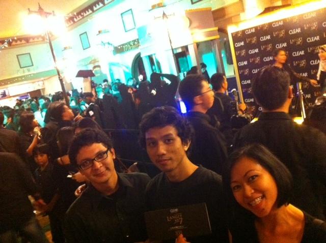 Yotomo at #LangitKe7 @CLEARindonesia Gala Premiere... 20.11.12 Studio eX