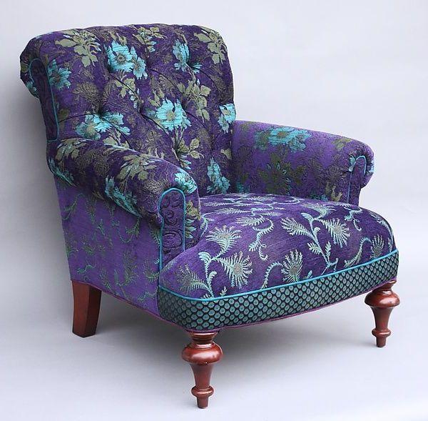 Super cooler Stuhl in Lila und Türkis