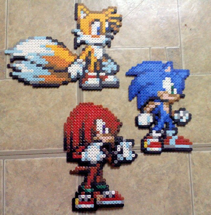 sandylandya@outlook.es  Team Sonic perler beads by TomatoisJPhansburg