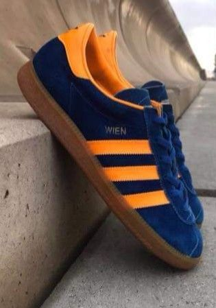 Love navy and orange Wien 🇦🇹, stonkin' colourway. Maybe one for adidas to reissue soon...