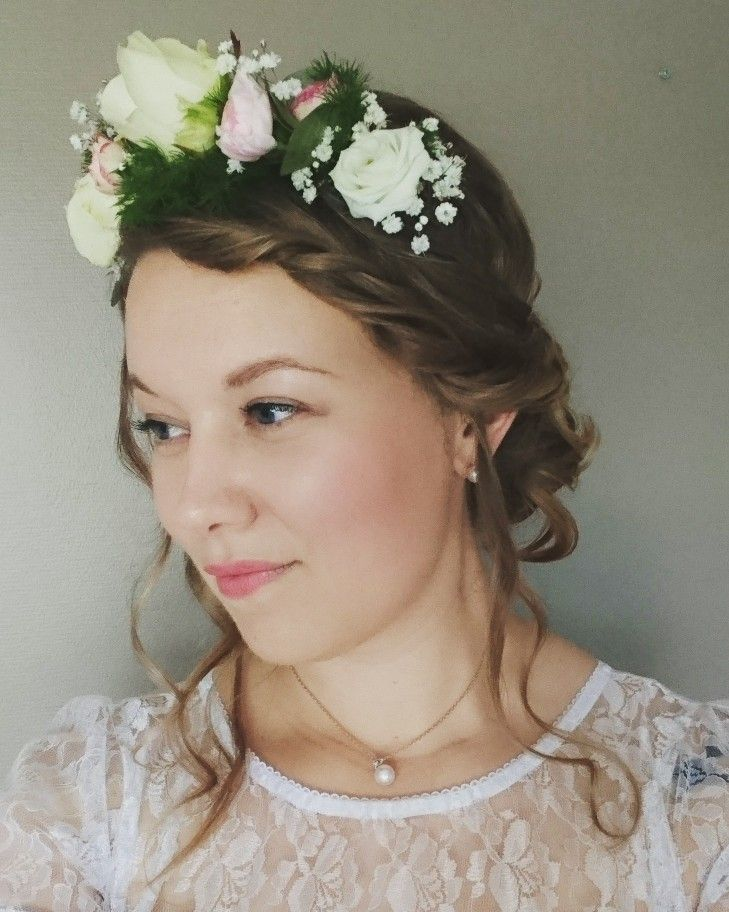 Flower crown for wedding