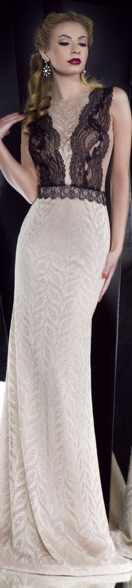 Collection: IN THE MOOD  Rochie de seara gown