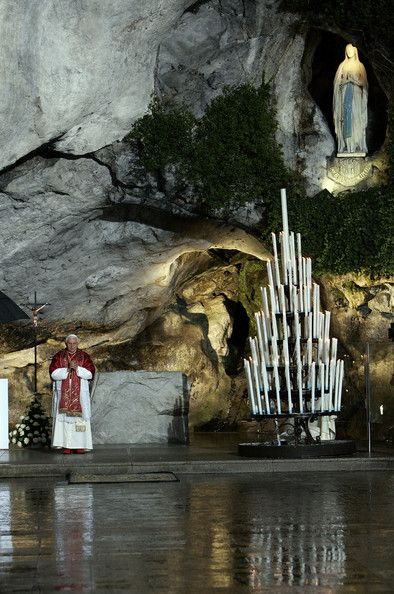 Benedict XVI Pope Benedict XVI. prays below the Statue of Our Lady of Lourdes at the entrance to the Grotto of Massabielle on September 12, ...