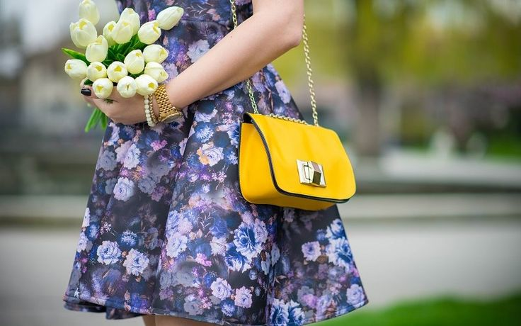 Imprimeu floral, rochie cu pliuri (1)