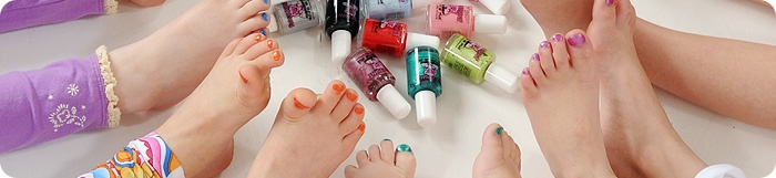 Non-Toxic Nail Polish safe for children of all ages.  This water based nail polish is safe for Pregnant Mommies to use and wear too!    Piggy Paint is:   •Non-toxic   •Low Odor   •Water-based formula   •Hypoallergenic   •Fun, vibrant colors   •Dries to a hard, durable finish   •Cruelty-free   •Safe for use during Pregnancy!