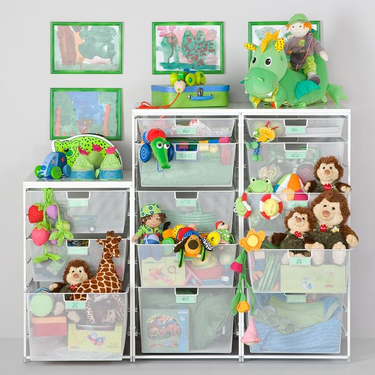 Freestanding Elfa drawer system for smart storage in childfen's room.