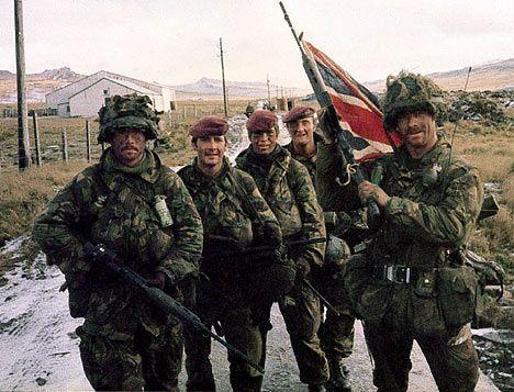 i 1982 fyldte Falklandskrigen en del i mediebilledet, men blev dog overskygget af mindst en anden væsentlig begivenhed...