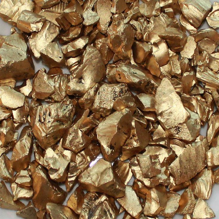 Flot knust glas i Guld, der egner sig godt til dekorationer, bordpynt og sammenplantninger. Glasset kan også bruges som værtindegave og leveres i en elegant gave pose.