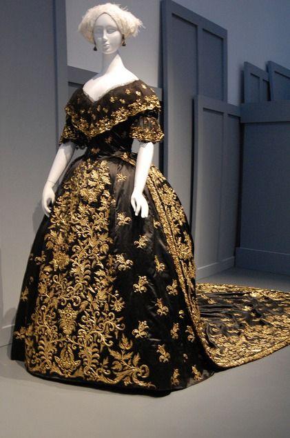 Portuguese dress ensemble, LACMA, c. 1845