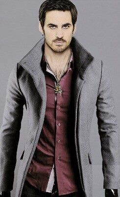 Hook gets a new look season 4 OUAT!