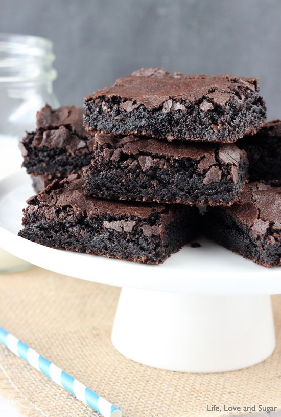 Easy from scratch Brownies! Just like a box mix! @Lindsay | Life, Love and Sugar