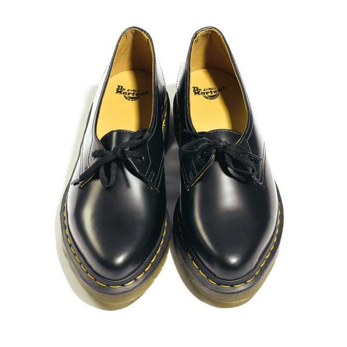 dr martens derbies pointus chaussures femme pinterest dr martens photos and derby
