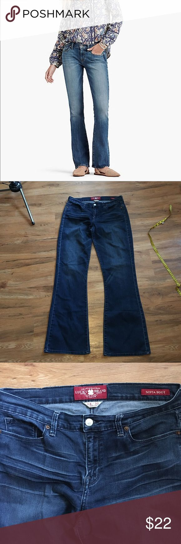 Lucky Jeans Sofia cut, very stretchy....these run small in my opinion. More like a 10 but could fit up to a 12. No issues Lucky Brand Jeans Boot Cut