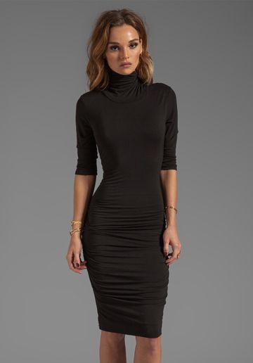 Turtleneck dresses are not limited to just fall or winter wear. We feature a wide selection of turtleneck dresses that are suitable for all four seasons. Our turtleneck dresses come in sleeveless versions for spring and summer, and with long sleeves for the colder months of the year.