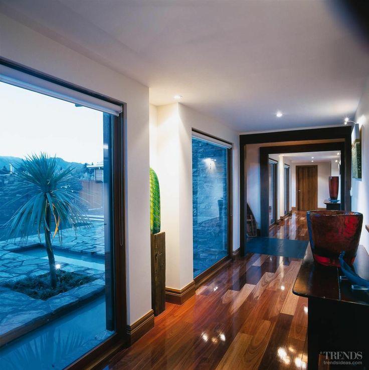 Wanaka House entry gallery