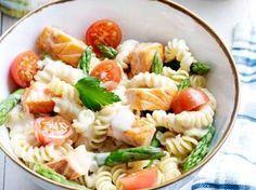 pasta met zalm en groene asperges