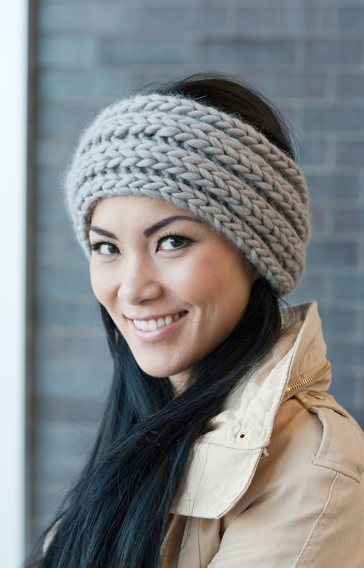 385 best headbands ear warmers bows and mitts images on a very quick and easy trendy headband that you can knit up in no time perfect for when gift giving season rolls around bankloansurffo Images