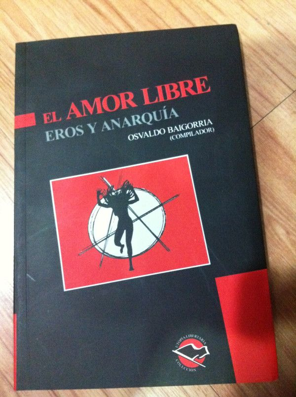 Una joyita que acabo de encontrarme en la libreria La Madriguera del Conejo en Bogota. Costo $22.000
