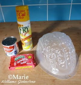 How to make a Jello or Jelly Brain in a plastic mold