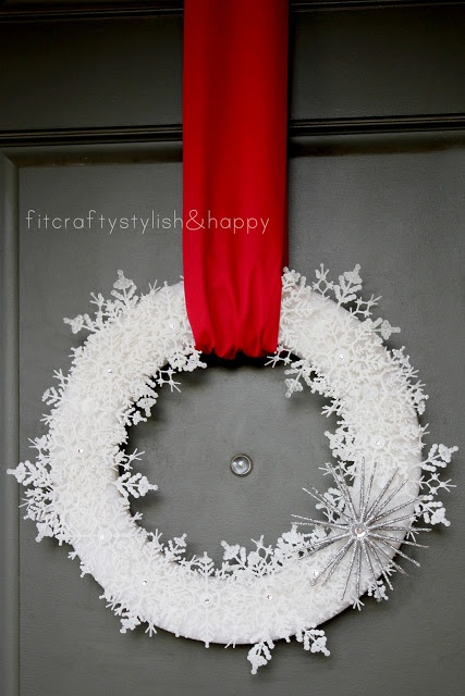 Snowflake wreathChristmas Wreaths, Christmas Time, Christmas Crafts, Snowflakes Wreaths, Affiliate Link, Website Loaded, Wreaths Ideas, Snow Flakes, Whimsical Wreaths