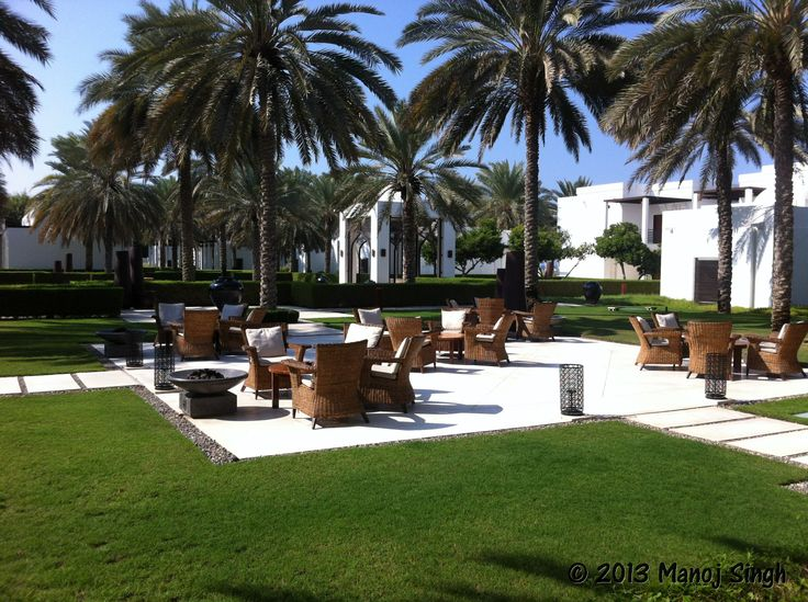 just walked through the chedi hotel in muscat - it is really amazing