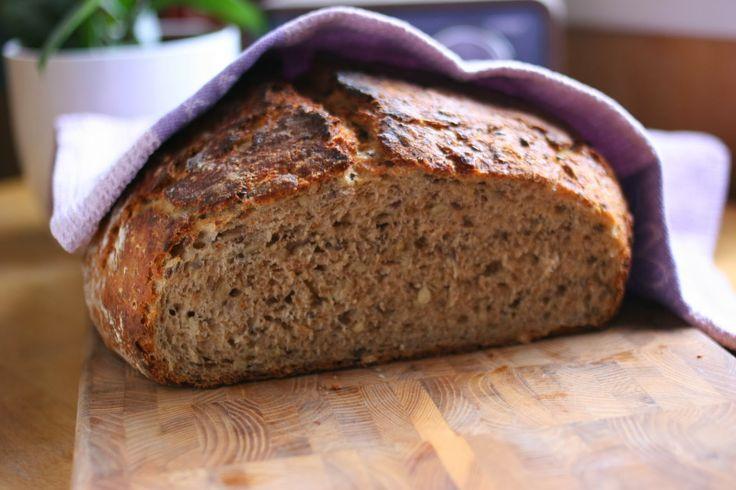 Go'deigen - godt med surdeig!: Grovt og sunt grytebrød