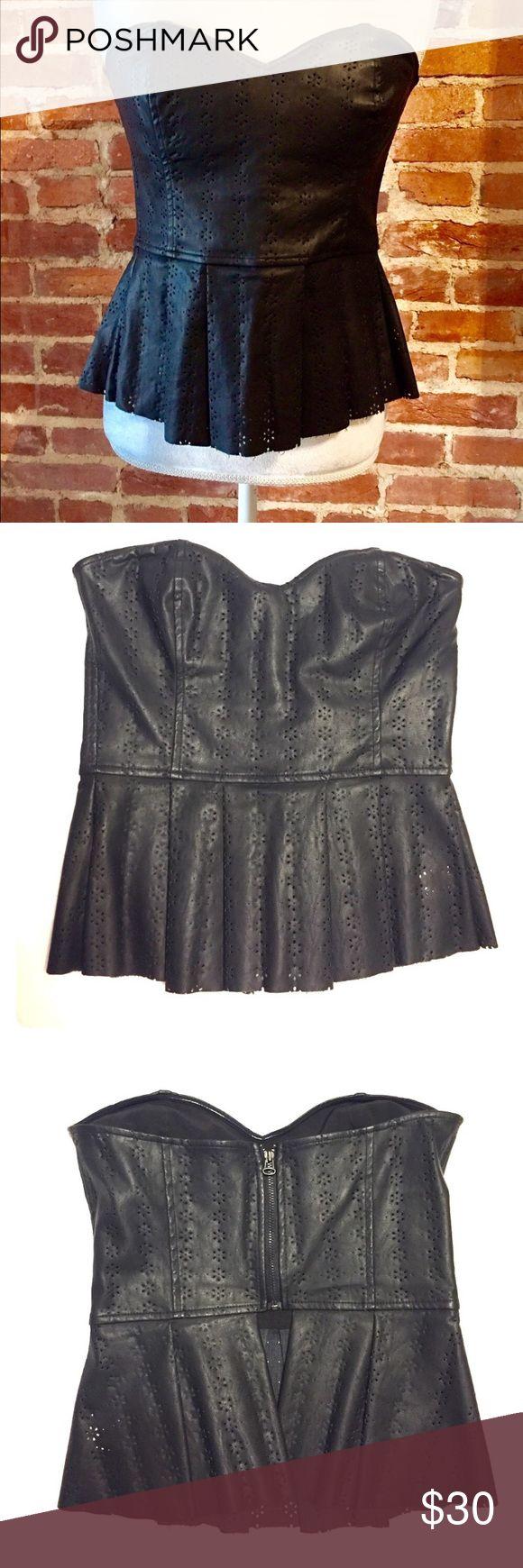 Dolce Vita Leather Peplum Top Sz XS Super cute dolce vita peplum top. Faux leather with detailing (pictured). In EUC! Size XS Dolce Vita Tops Tank Tops