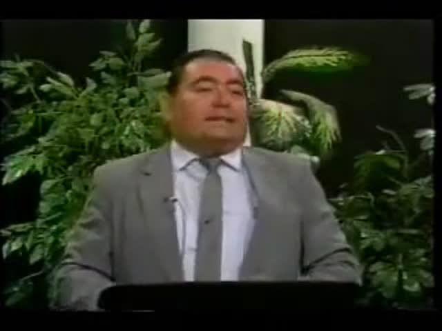 1/8 EX BRUJO FREDDY- Santeria Santos y su Relacion con la Iglesia Catolica Romana