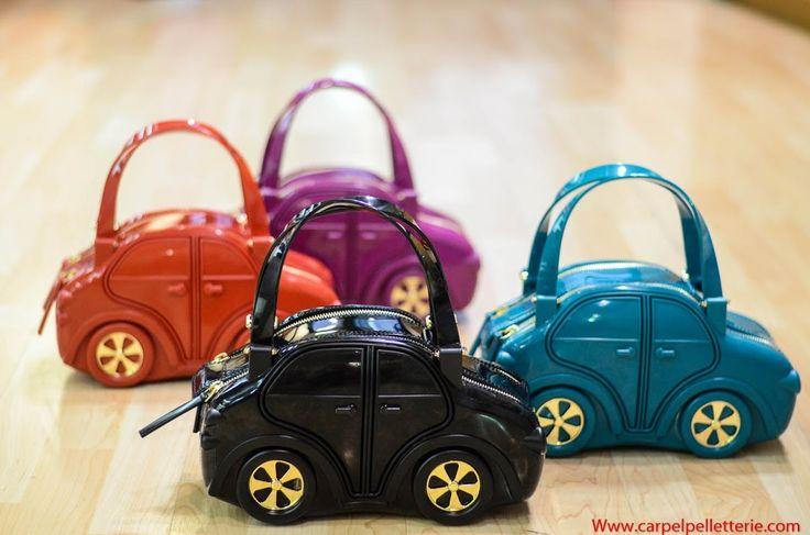 Carpel Pelletterie - Carina Bag la borsa  forma di automobilina disponibile su Www.carpelshop.com