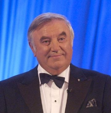 Jimmy Tarbuck - on a very hot evening, He refused to come back onto the stage unless the management sorted our the air conditioning for his audience (which they did ) Very funny, nice guy.