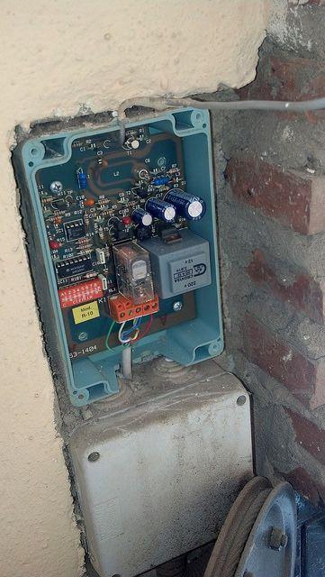 Cambio de receptor de puerta de garaje http - Cambio de puertas ...