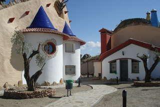familytours familierondreizen - SP009 Cuevas la Granja verblijf in grotwoningen op half uurtje van Granada
