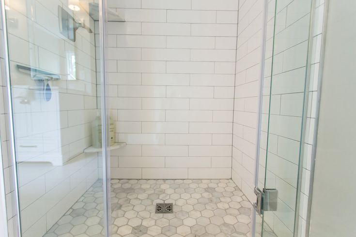 This client has awesome taste and is super easy to work with, so we knew it was going to be a fun project! Their bathroom wasn't that outdated, but they...