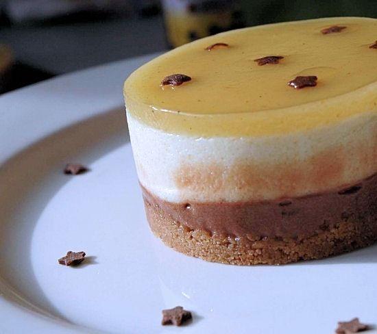 Recette de Bavarois poire sur fondant au chocolat et craquant aux speculoos : la recette facile