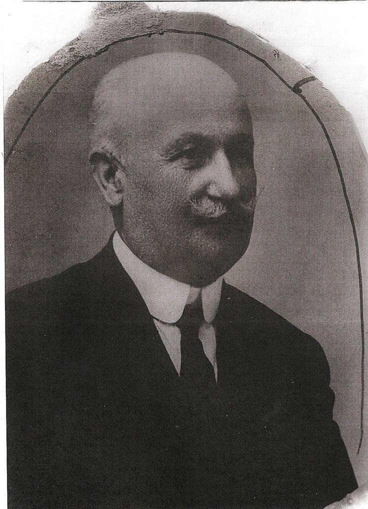 Mecedora de coplas: El Isleño José Luis Jiménez Guerra.vb