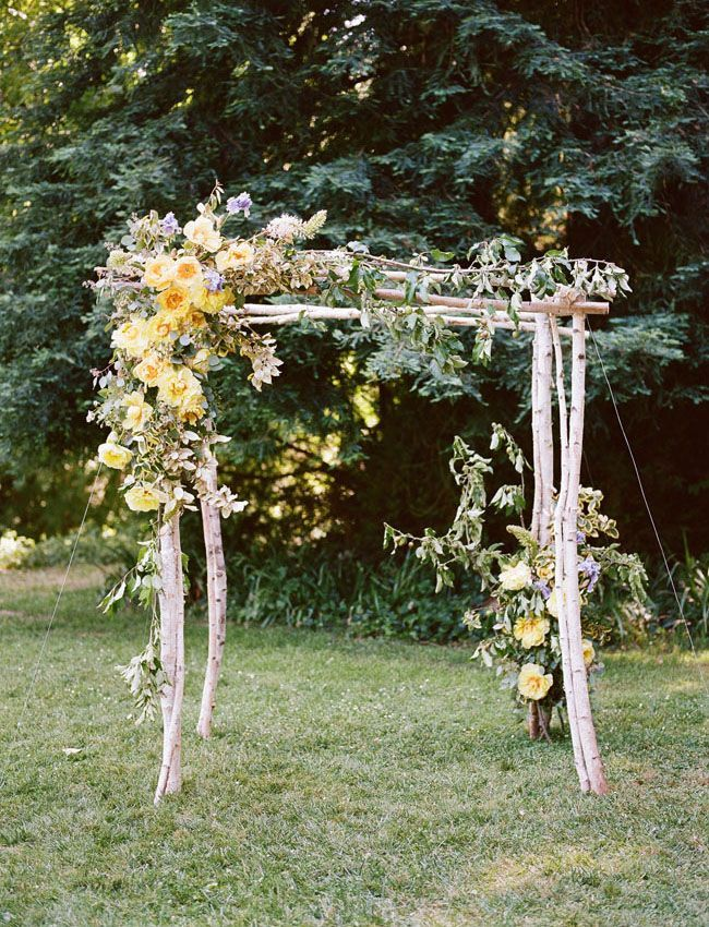 Aisle Arch Lemonade and Love – Outdoor Wedding Inspiration in Shades of Yellow and Green