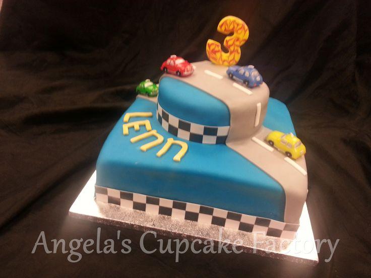 Cake with car-theme for Lenn's 3rd birthday Taart met auto's voor de 3e verjaardag van Lenn