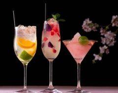 セルリアンタワー東急ホテルのタワーズバーベロビストで春を感じるオリジナルカクテルが飲めますよ 4月30日日までの期間限定 新作のプランタン クーラーは若手バーテンダーが考案した柑橘系のフルーツとロゼシャンパンで春を表現したカクテルです なんとも美しくフォトジェニックなカクテルで春を感じてみてはいかがでしょうか  tags[東京都]