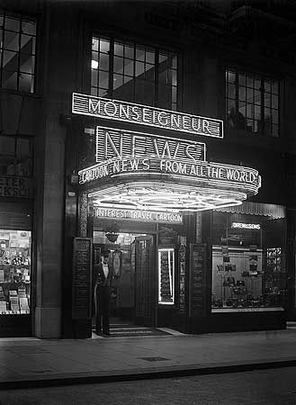 Monseigneur News Theatre,  Leicester Square,London c 1937