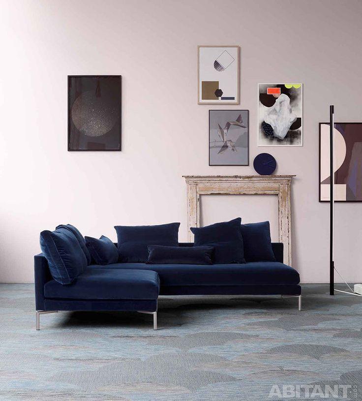 Бархатный диван для гостиной